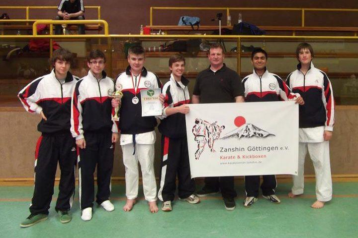 Kumite Mannschaft von Zanshin Göttingen bei den Niedersächsischen Landesmeisterschaften